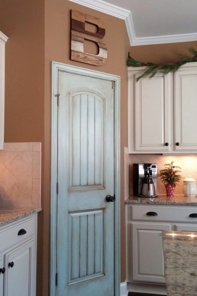 Aqua pantry door update